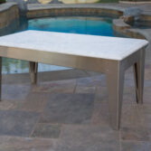 Classic coffee table in marble.