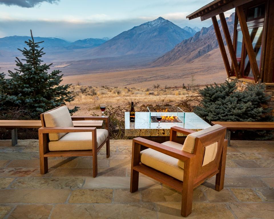 Balboa lounge chair & Balboa fire pit table top