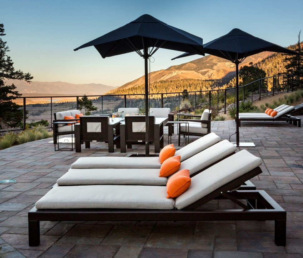 COOKE Mammoth Outdoor Chaise Lounge Set